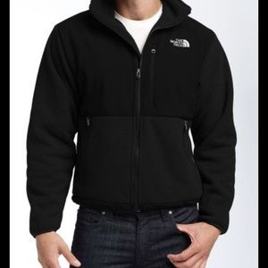Men's North Face black Denali jacket